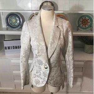 Yoana Baraschi silver blazer